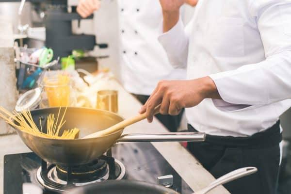 ТОП-10 причин стать шеф-поваром