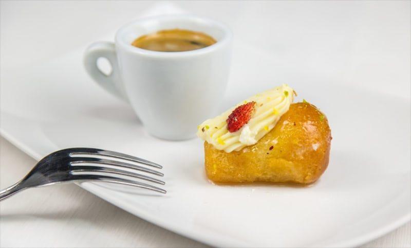 Итальянский десерт Баба